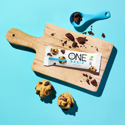 ISS Research One Basix, Cookie Dough Chocolate Chunk, 12 (2.12 oz.) Bars