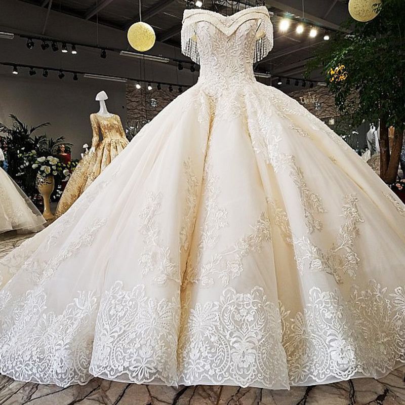 High-end Vintage Princess Style Wedding Dress Beading Tassel Fashion Off Shoulder Bridal Gown