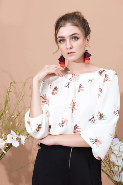 Facile Floral Blouse