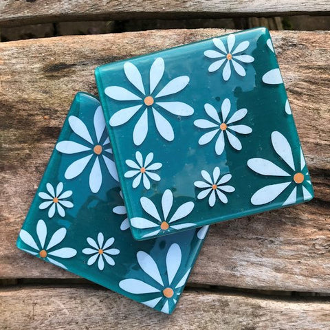 Set of 4 White Daisy Coasters - Jade