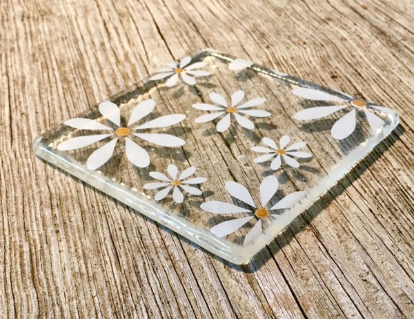 Set of 4 White Daisy Coasters - Clear