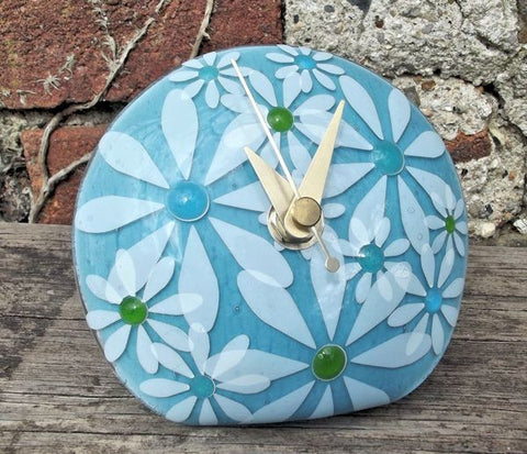 Daisy 'Q' Clock - Sky Blue