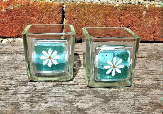 Pair of Little Daisy T-Lights - Aqua