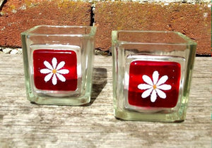 Pair of Little Daisy T-Lights - Red