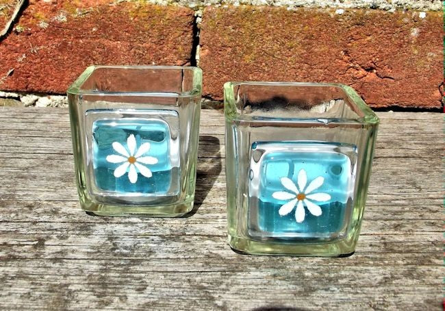 Pair of Little Daisy T-Lights - Turquoise
