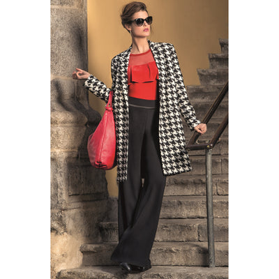 Michaela Louisa - Large Dogtooth Design Coat