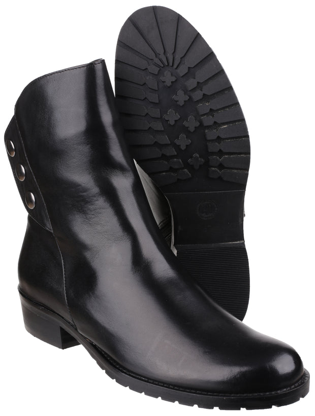 Riva - Buttons Low Heeled Ankle Boot