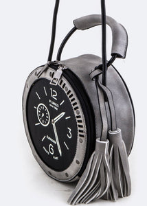 On the Clock Bag