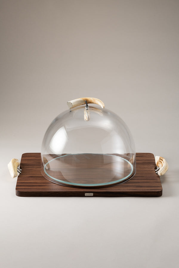 Cheese serving board with glassdome