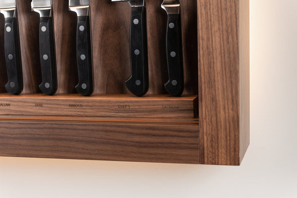 Large cabinet wall-mounted knifes set