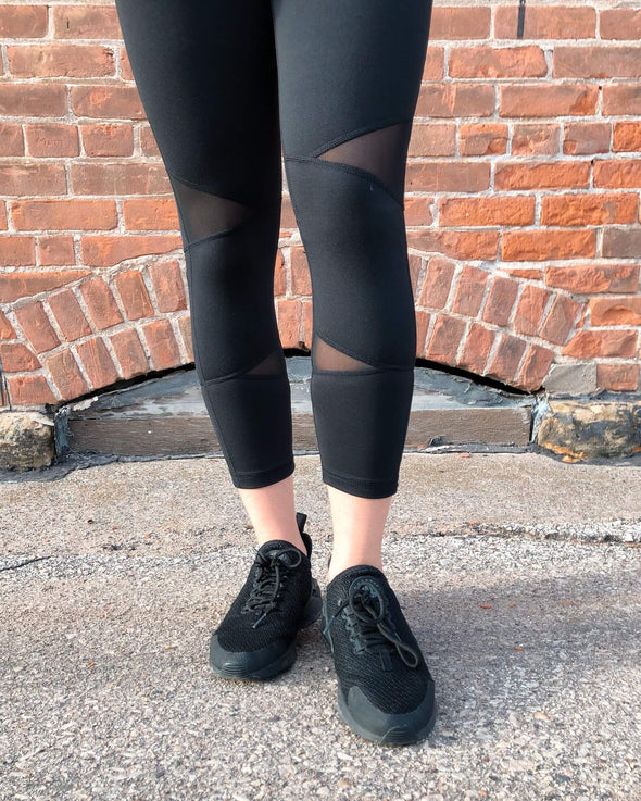 Capri Back-Pocket Leggings