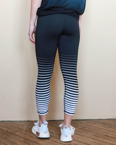 Gradient Capri Leggings