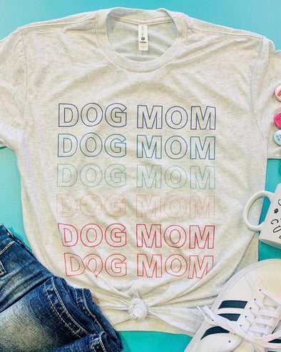 'Dog Mom' Graphic Tee