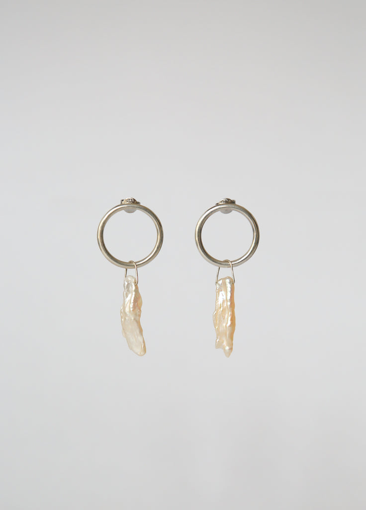 Orbita Pearl Earrings