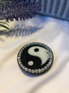 Pop socket (ying yang)