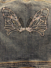 Load image into Gallery viewer, Levi's jean jacket with butterfly