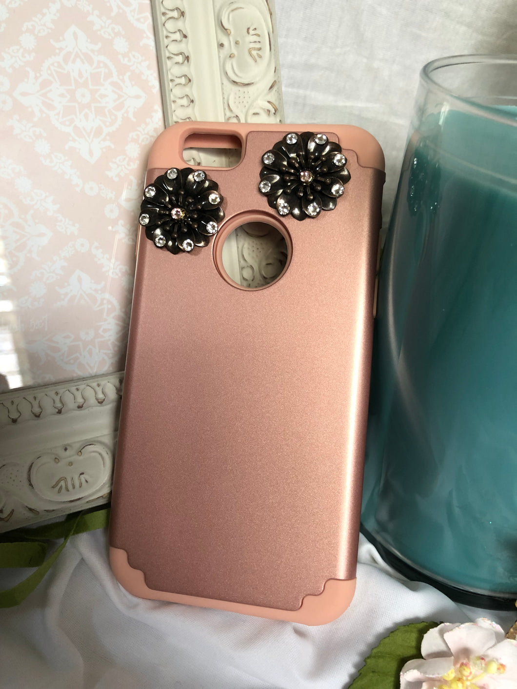 rose gold phone case with flower charms