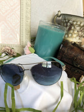 Load image into Gallery viewer, sunglasses tiffany blue frame