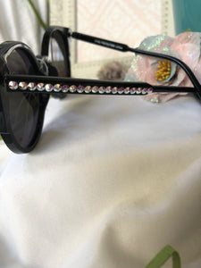 sunglasses black frame