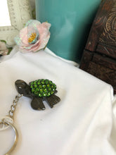 Load image into Gallery viewer, turtle key chain (green) from Hawaii