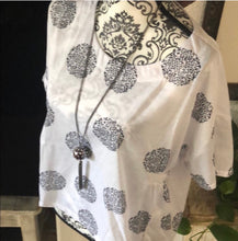 Load image into Gallery viewer, Boho style blouse (shirt)