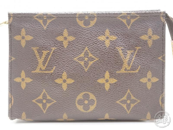 AUTHENTIC PRE-OWNED LOUIS VUITTON MONOGRAM POCHE TOILETTE 15 COSMETIC POUCH BAG PURSE M47546 170319