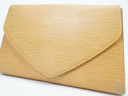 AUTHENTIC PRE-OWNED LOUIS VUITTON EPI WINNIPEG BEIGE POCHETTE ARTS-DECO PM CLUTCH BAG M52646 181471