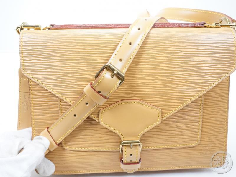 AUTHENTIC PRE-OWNED LOUIS VUITTON EPI WINNIPEG BEIGE BIFACE HAND BAG w/Shoulder Strap M52326 151965