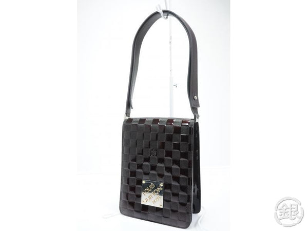 AUTHENTIC PRE-OWNED LOUIS VUITTON DAMIER VERNIS CARMINE CLUB 2-LENGTH SHOULDER BAG M92129 142625