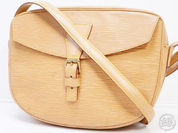 AUTHENTIC PRE-OWNED LOUIS VUITTON VINTAGE EPI WINNIPEG BEIGE JEUNE FILLE CROSSBODY BAG M52156 190787