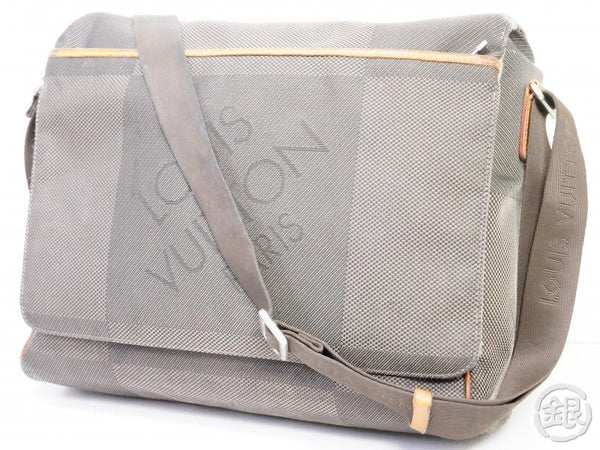 AUTHENTIC PRE-OWNED LOUIS VUITTON DAMIER GEANT TERRE MESSAGER NM MESSENGER BAG M93226 190935