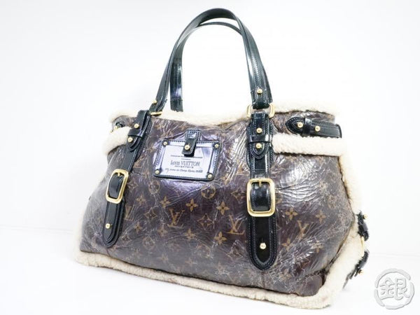 AUTHENTIC PRE-OWNED LOUIS VUITTON MONOGRAM SHEARING MOUTON THUNDER SHOULDER TOTE BAG M95573 191780
