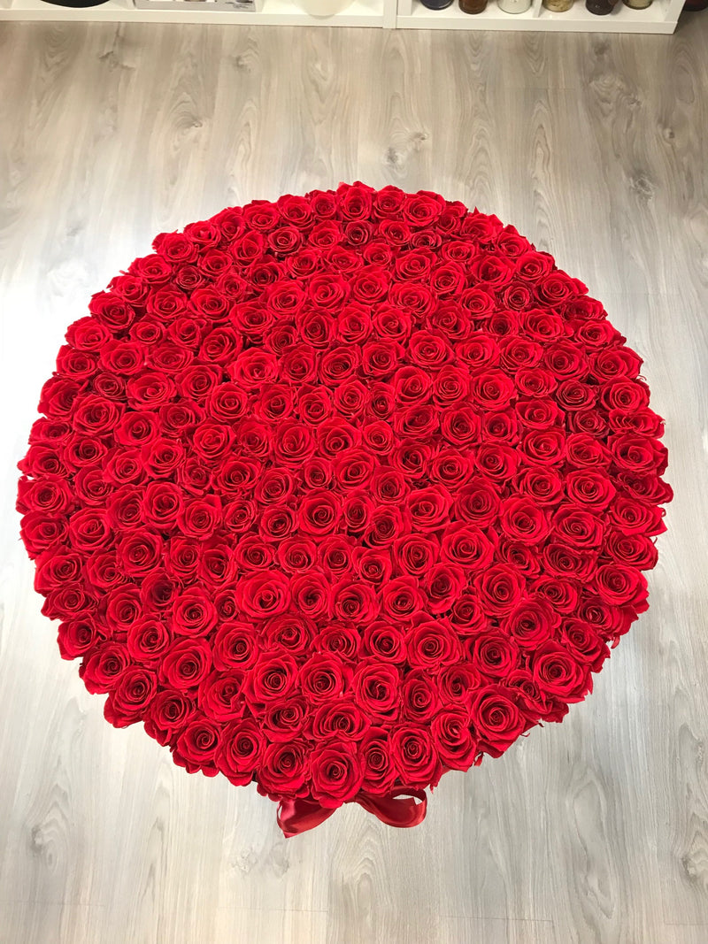 Mega Box- Large Box - The Million Roses Slovakia