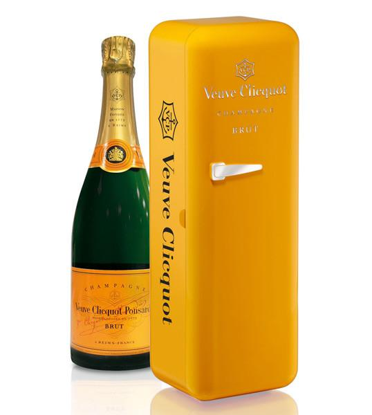 Veuvet Clicquot Brut Fridge - The Million Roses Budapest
