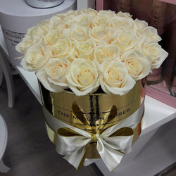 Small - White Roses - Gold Box - The Million Roses Slovakia