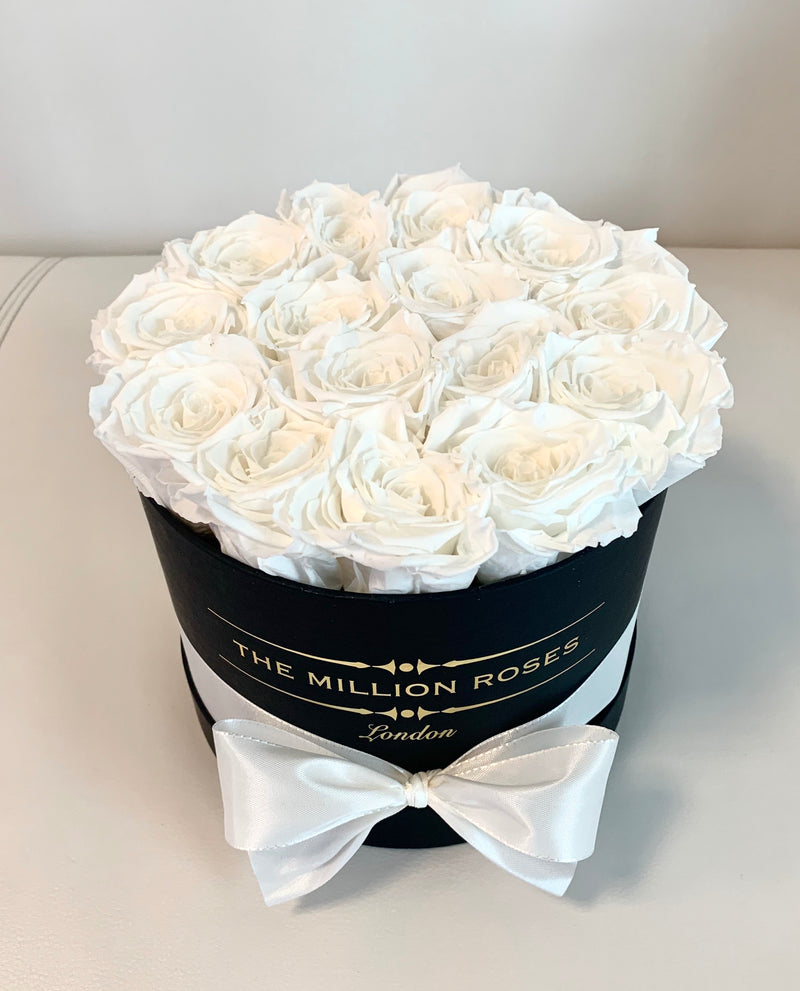 Small - GLOW Eternity Roses - BLACK Box - The Million Roses Slovakia