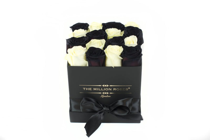 Cube - Black & White Roses- Black Box - The Million Roses Slovakia