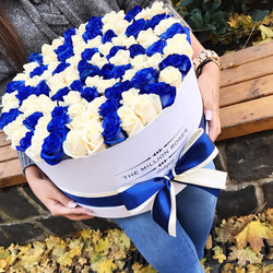 The Million Large Luxury Box - White & Blue Roses - The Million Roses Slovakia