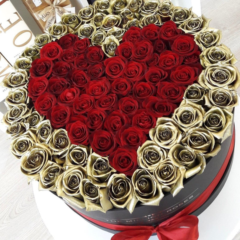 The Million Large Luxury Box - Gold Roses & Red Heart - The Million Roses Slovakia