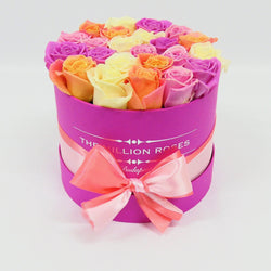 Small - Mix Roses - Hot Pink Box - The Million Roses Slovakia