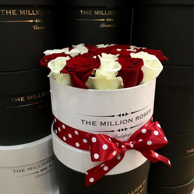 Small - Red & White Roses - White Box - The Million Roses Slovakia