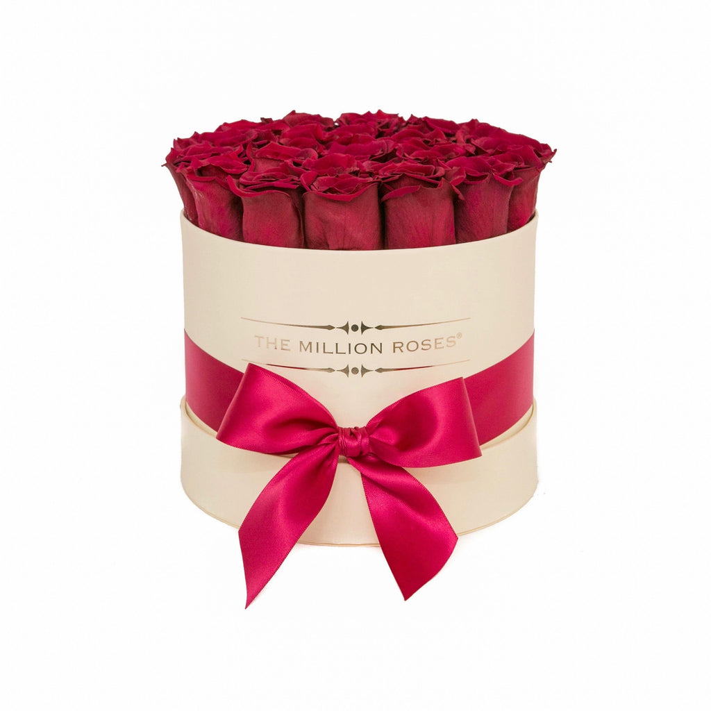 The Million Roses Europe - Small - Burgundy Eternity Roses - Vanilla Box Delivered Anywhere in Europe
