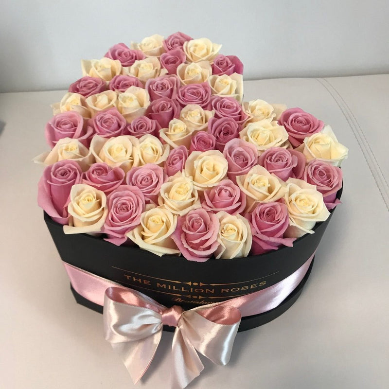 The Million Love Heart - White & Pink Roses - Black Box