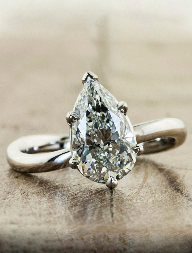 modern pear shaped diamond ring