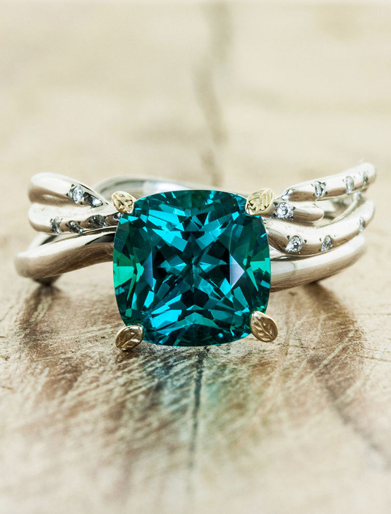 emerald on art products artemer ring rings deco triangle gemstone finger engagement