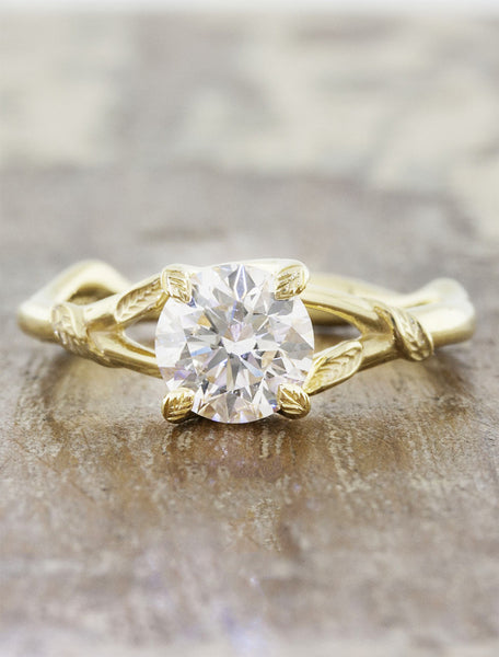 leaf prong organic shaped diamond engagement ring, yellow gold caption:0.90ct. Round Diamond 14k Yellow Gold