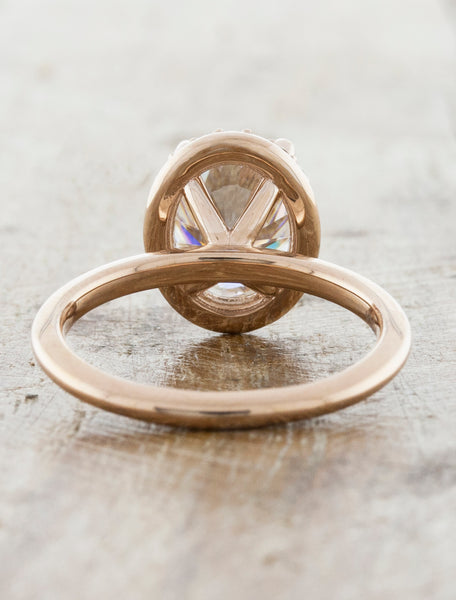 Oval Halo Engagement Ring in Rose Gold