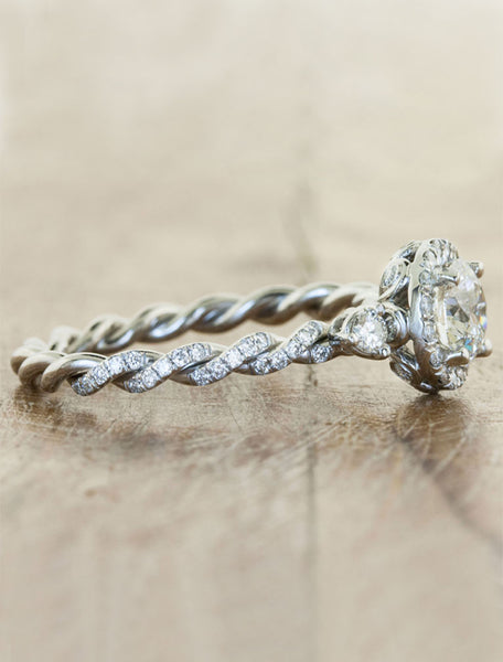 twisted rope band, round diamond ring