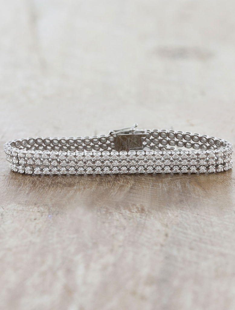 Tennis Bracelet With 3 Diamond Strand Design