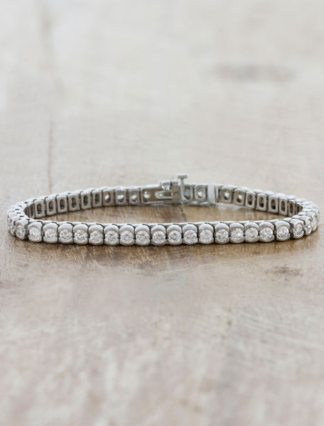 Classic Tennis Bracelet In Bezel Design